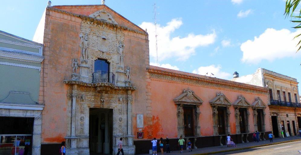 Historia de los barrios y casonas céntricas de Mérida