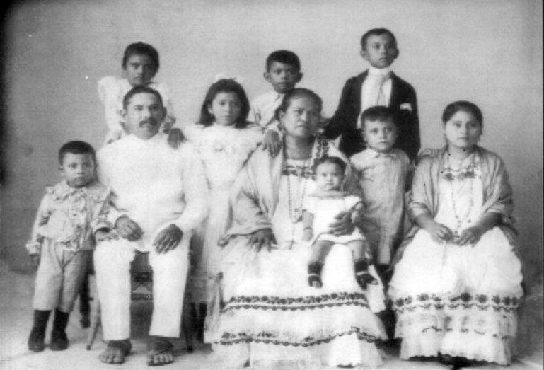 Trabajos y oficios según la estratificación social en Mérida del XIX