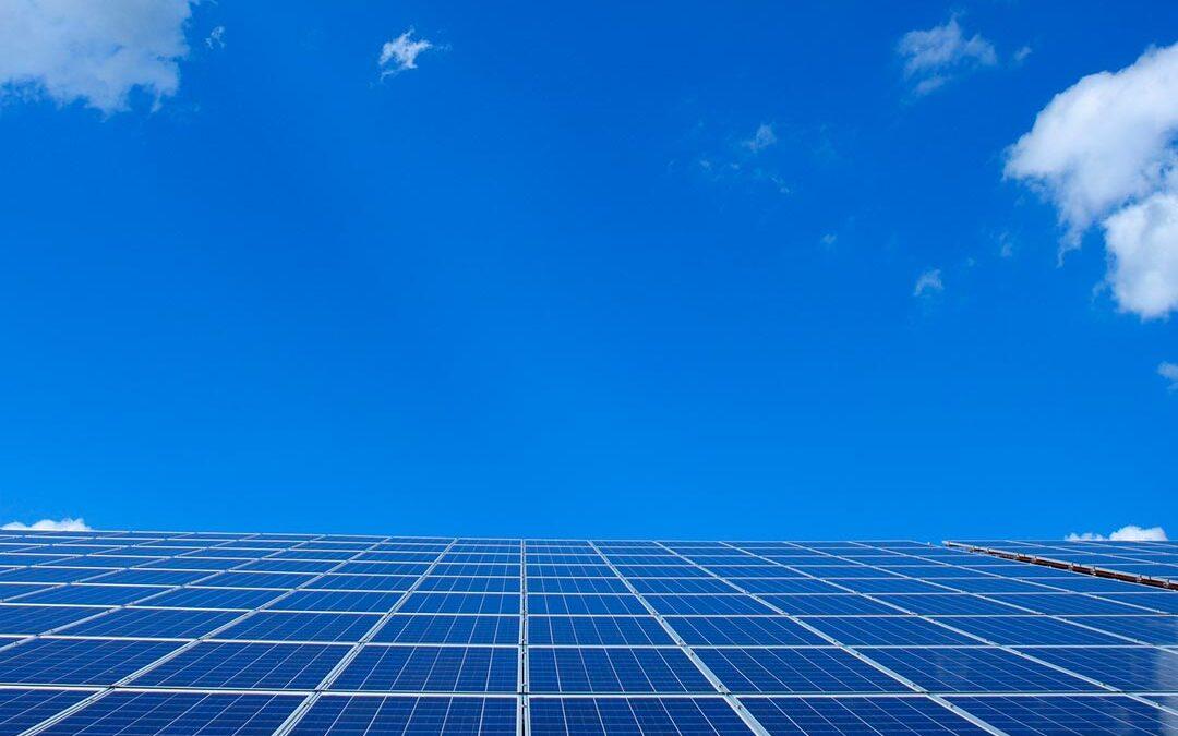 El error de no invertir en energías renovables